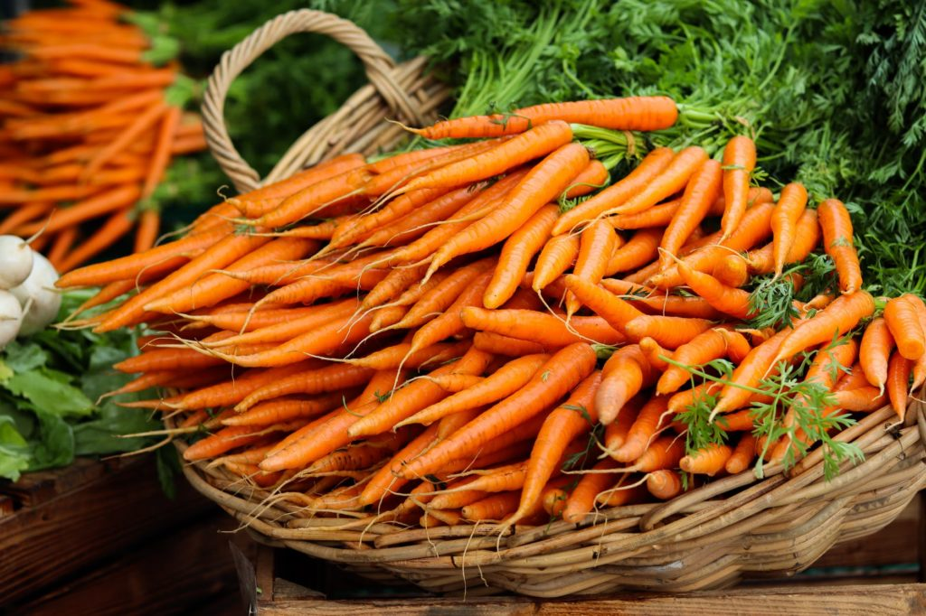 bolo de cenoura low carb
